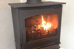 ACR Earlswood with log store Stove install